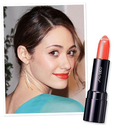 Emmy-Rossum-Simple-Tips-to-Find-the-Right-Lipstick-for-Fair-Skin
