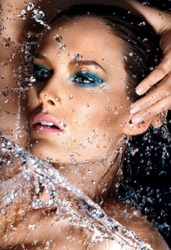 Some-Simple-Tips-to-Help-You-Choosing-the-Best-Waterproof-Eyeshadow