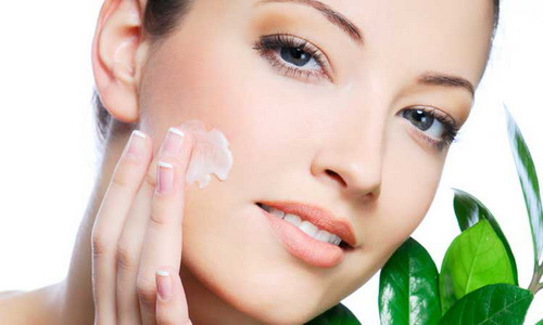 Best-Factors-You-Should-Consider-When-Buying-Facial-Moisturizers
