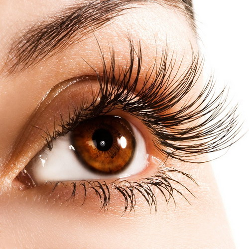 How-To-Grow-Your-Eyelashes-Longer-at-Home
