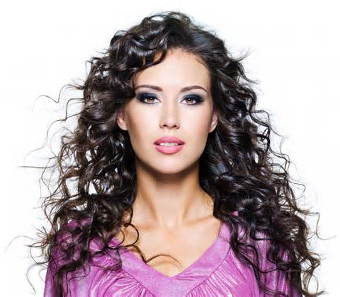 Easy-Methods-to-Care-for-Fine-Curly-Hair